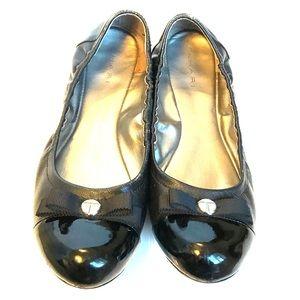 67e66f38127 Tahari Ballet Flats